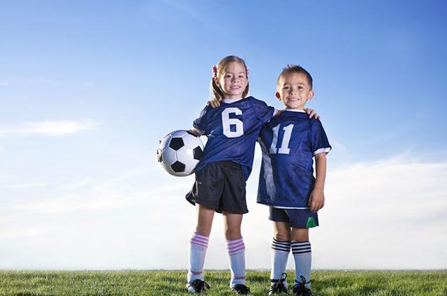 A gyerekkorban fontos, hogy minél többféle sportág kipróbálására legyen lehetőség, mielőtt választani kelljen.